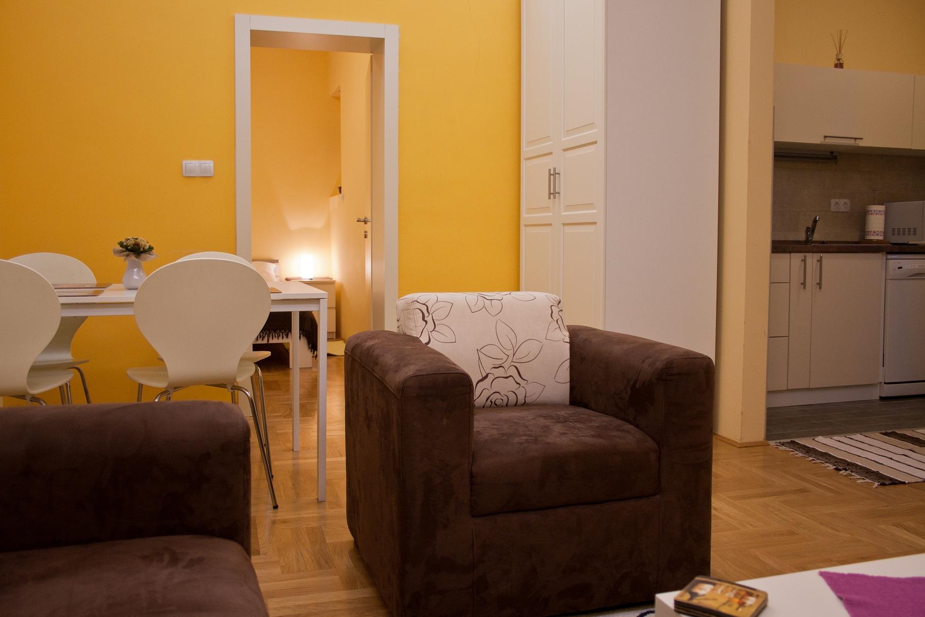 Apartman 2 (1)